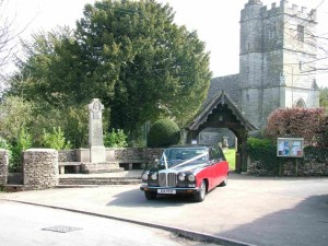 Daimler DS420 wedding car at Kingscote