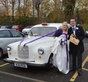 Alaina & Andrew with Fairway wedding car
