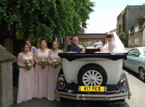 Highworth wedding for Sophie & Ryan