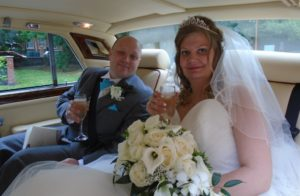 Swindon Register Office wedding for Jane & Gary