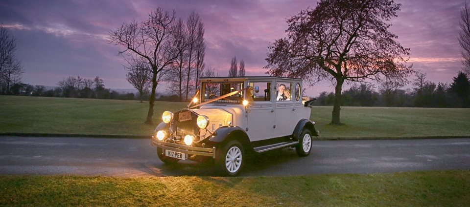 wedding car hire near swindon wiltshire function cars. Black Bedroom Furniture Sets. Home Design Ideas